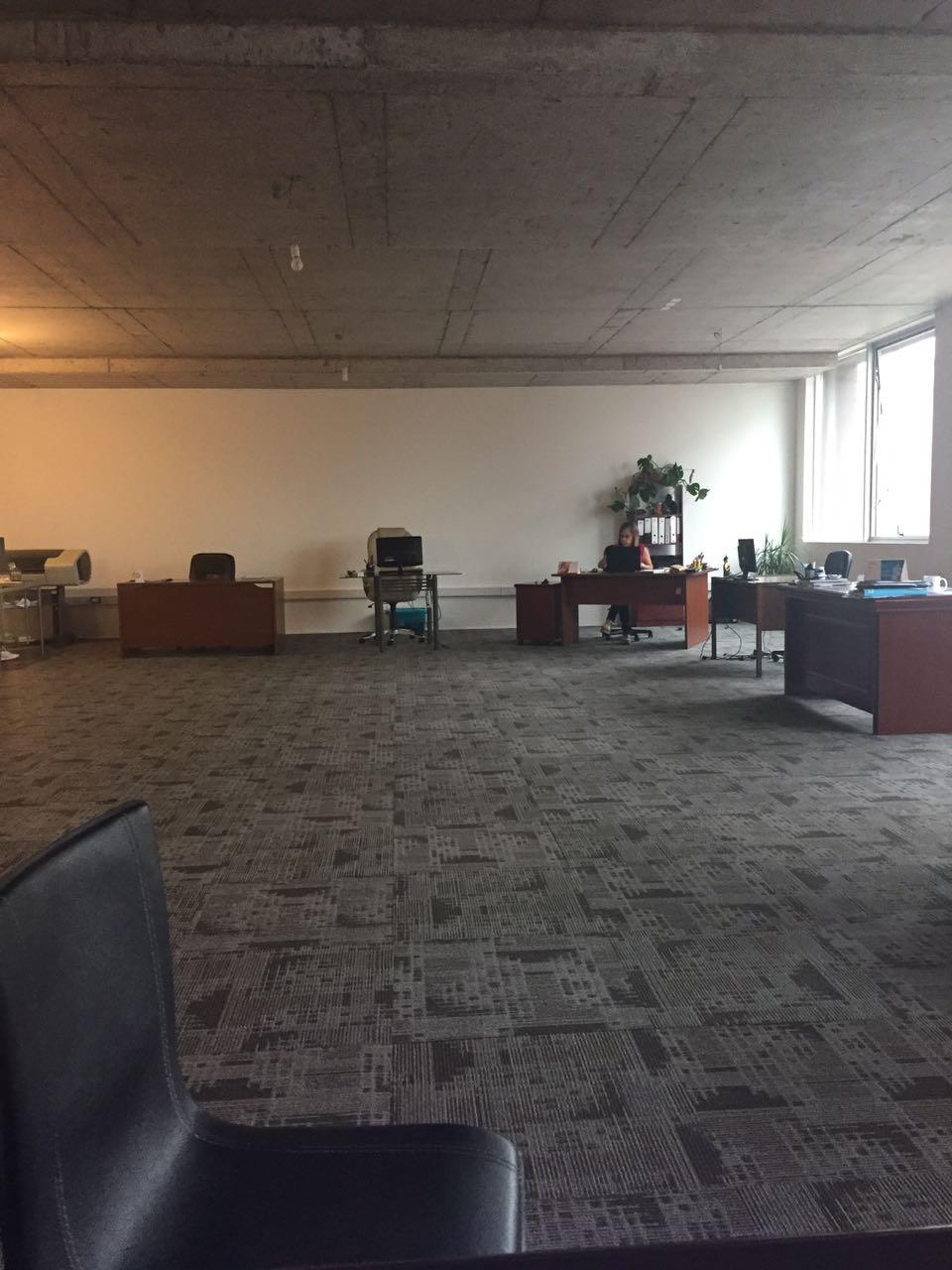 Arriendo oficina compartida 100M2 Ciudad Empresarial
