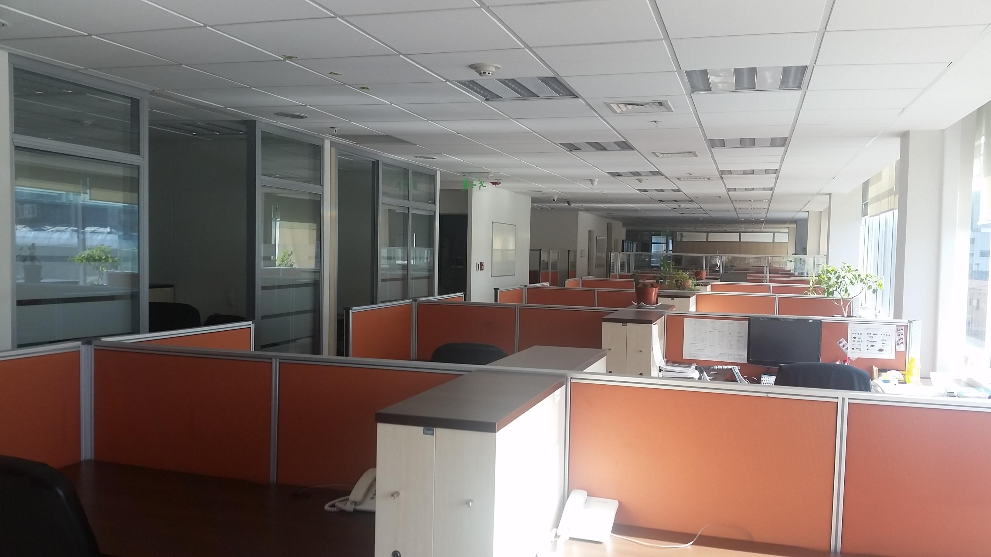 Arriendo de oficina de 190 m2 en pleno Providencia