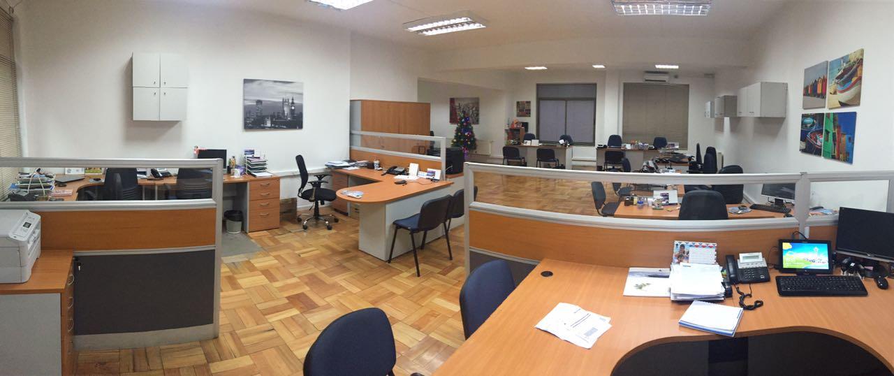 Venta de oficina amoblada 117m2 en Santiago Centro